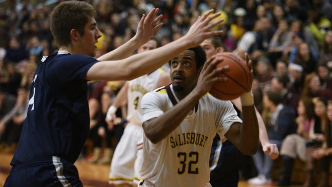 Salisbury's Wyatt Smith looks for a shot. The junior forward scored 24 points and recorded 14 rebounds in Salisbury's 59-52 win over Mary Washington.