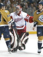 Red Wings goalie Curtis Joseph.