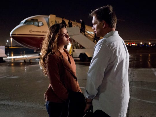 Ziva David (Cote de Pablo), seen here with Tony DiNozzo (Michael Weatherly) in an episode of 'NCIS' from 2013, made a surprise return to the popular CBS drama in its Season 16 finale Tuesday.