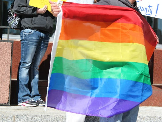635888142080170898-LGBT-pride-flag.jpg