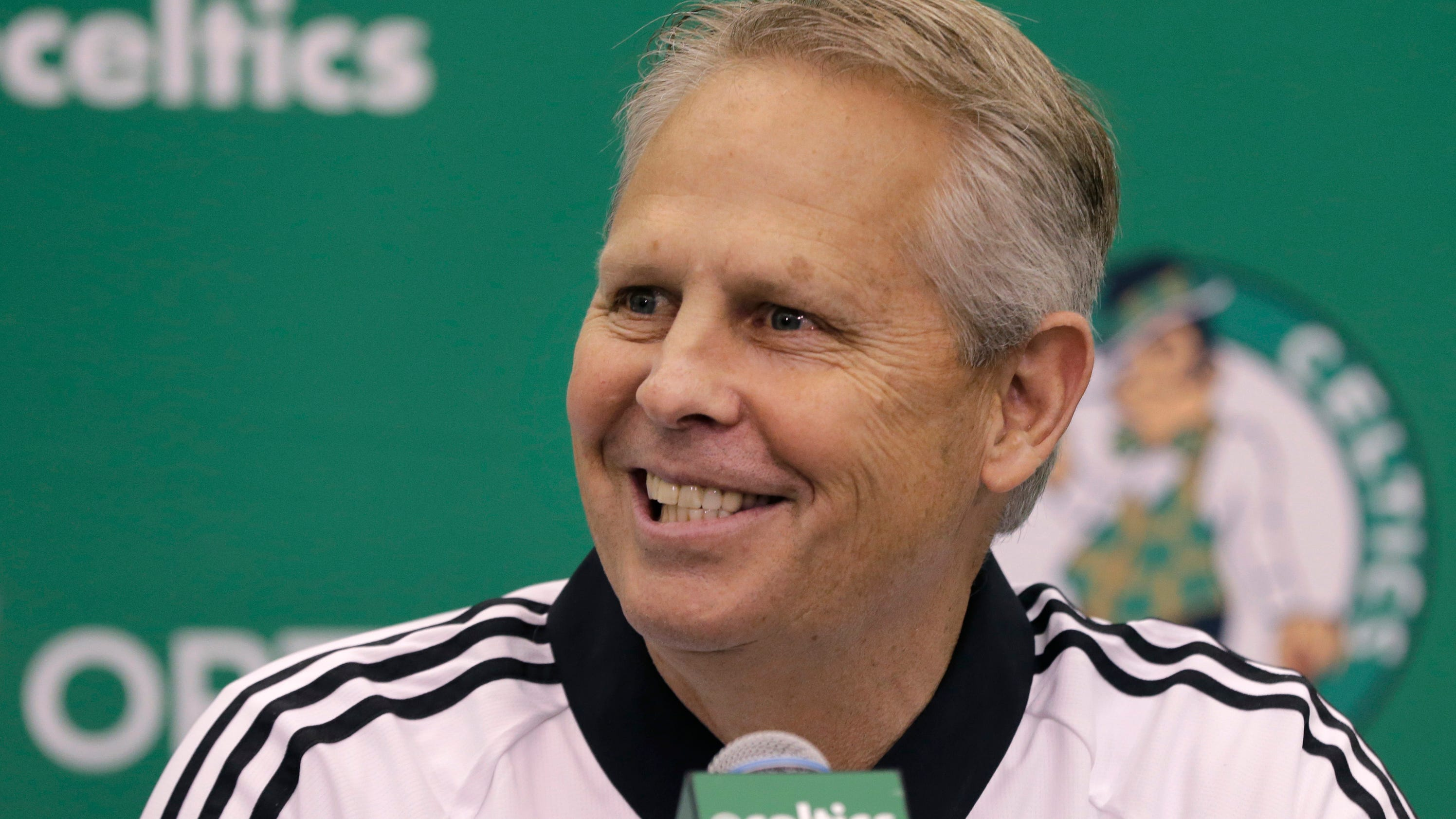 Ap_celtics_ainge_touch_basketball_90773796