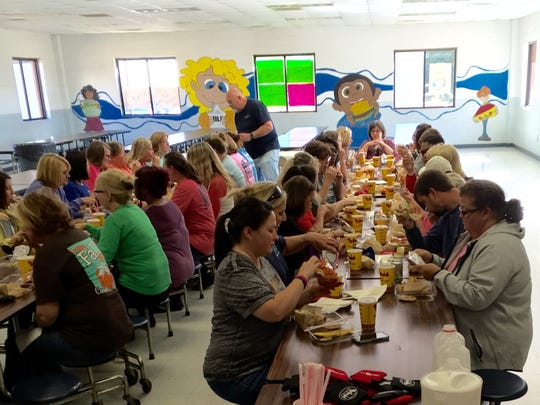 Lavonia Elementary School faculty and staff enjoy their