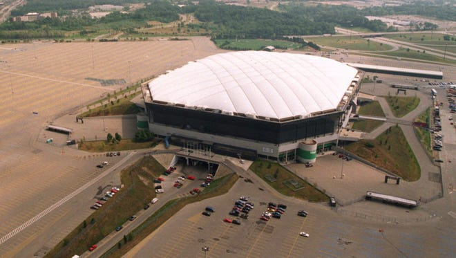 The Silverdome in Pontiac with the surrounding land in August 1996.