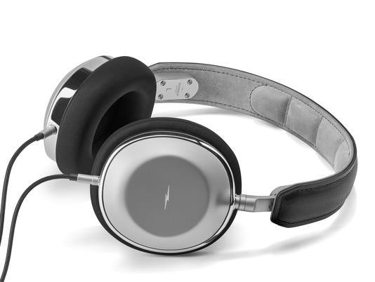 636462646496454589-S4220080928-Headphones-OverEar-Black-Silver-V3.jpg