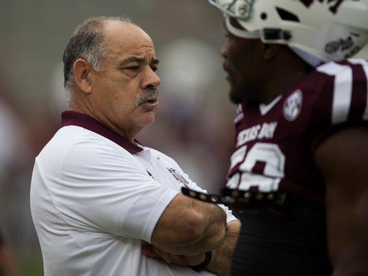 Arkansas-Chavis'_Change_Football_67229.jpg