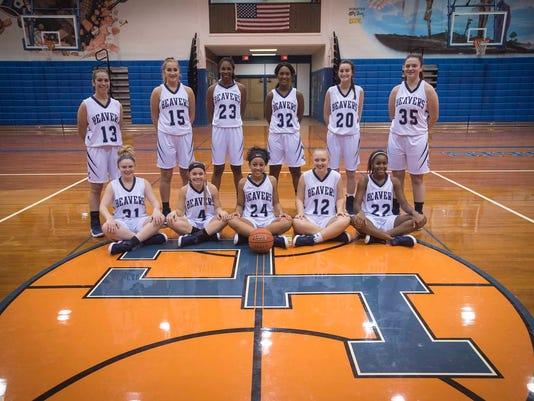 LDN-MKD-112817-high school basketball