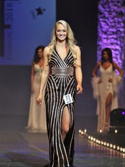 Hannah Walker (Top Model) modeled her evening gown