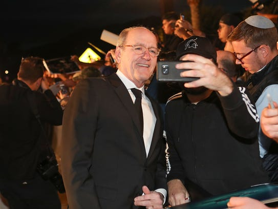 Richard Jenkins interacts with fans during the Palm