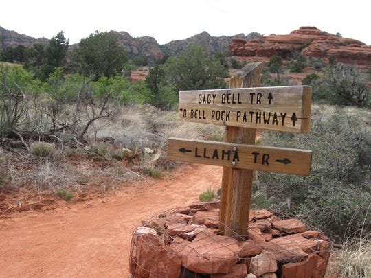 Several trails, including Llama, connect with the Bell Rock Pathway, a wide, beginner-friendly trail for mountain bikers in Sedona.