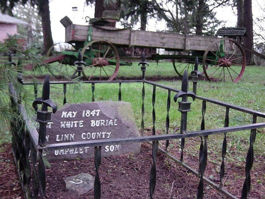 Umphlet gravesite.jpg