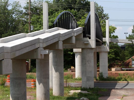 Two pedestrian overpasses are part of the Route 18