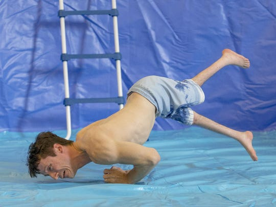 """Rik Daniels performs """"Learning to Swim"""" at Circus Culture in Press Bay Alley."""