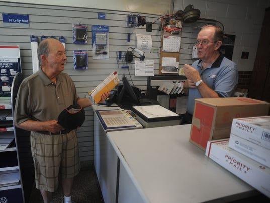 long time postal clerk retires