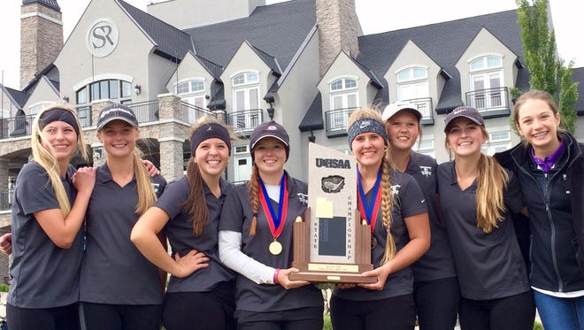 Desert Hills kept its streak alive with its eighth consecutive team title and Tori Thomas came out on top in a wild three-way playoff race Thursday at Sleepy Ridge Golf Course.