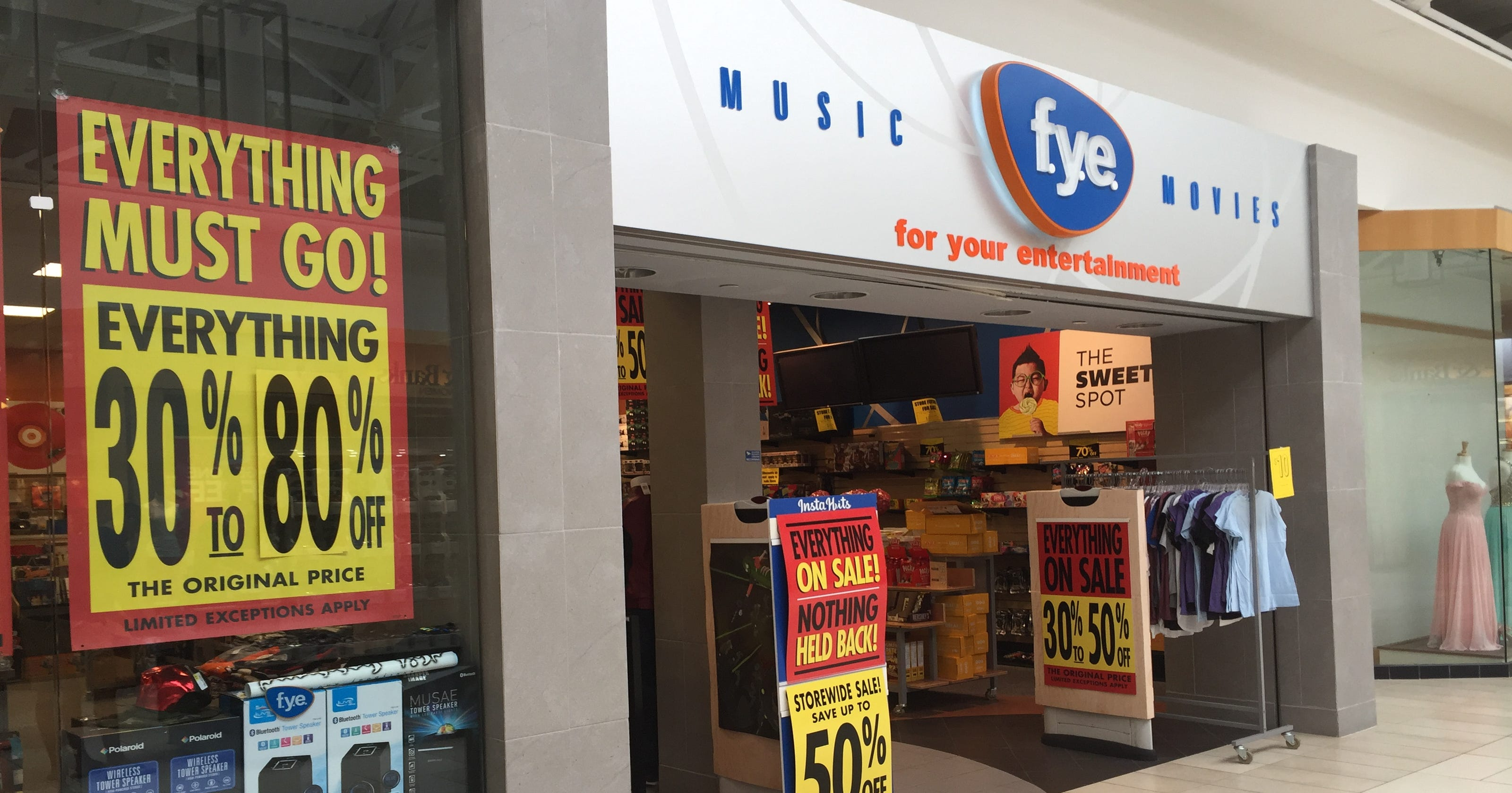 fg music store at River Valley Mall to close