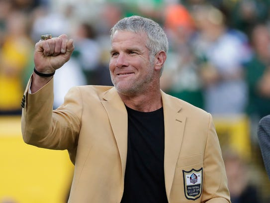 Former Green Bay Packers Brett Favre shows off his
