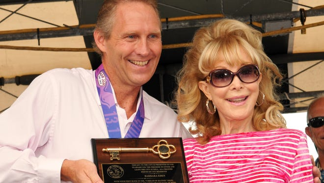Barbara Eden received the keys to the city from Cocoa Beach Mayor Dave Netterstom on Sunday.
