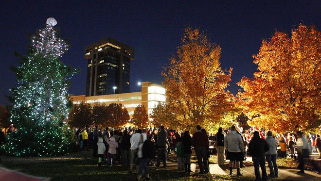 To best see the Festival of Lights at Jordan Valley Park, bundle up and take a stroll through the center-city park.
