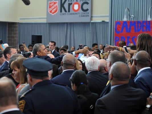 -President Obama visits Camden.jpg_20150518.jpg