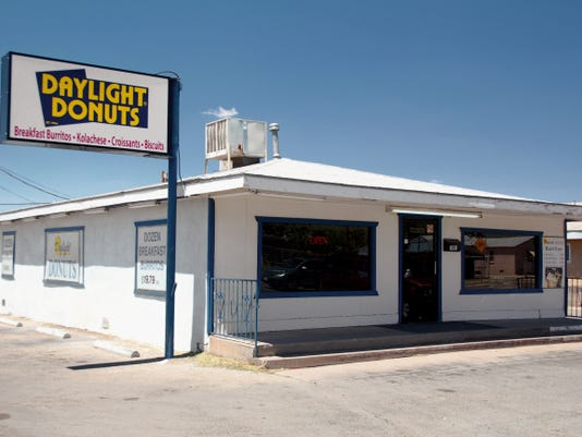 "The New Mexico Environment Department has upgraded the status of Alamogordo's Daylight Donuts to approved after a follow up inspection Tuesday found no food safety violations. An inspector noted a ""marked improvement in overall cleanliness of the facility."""