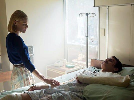 "Eva (Kate Bosworth) and Don Piper (Hayden Christensen) star in ""90 Minutes in Heaven."""