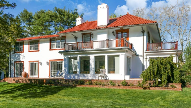 427 Navesink River Road in Red Bank.