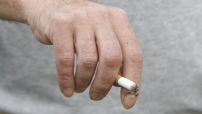 An anti-smoking ordinance advanced by the Salem City Council would prohibit smoking at all natural areas and city parks.