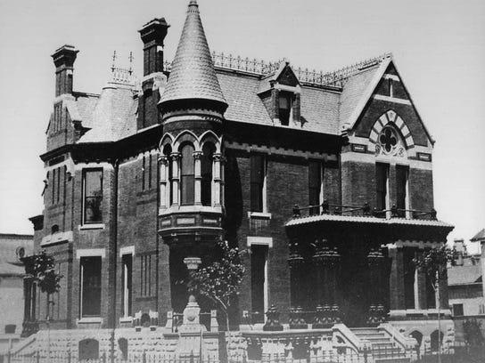 Rehab Addict To Save 19th Century Detroit Home