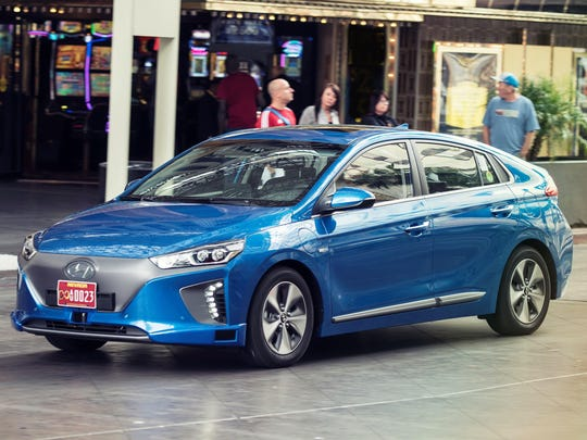 Hyundai announced an autonomous version of its Ioniq that looks identical to the all-electric version of the sedan.