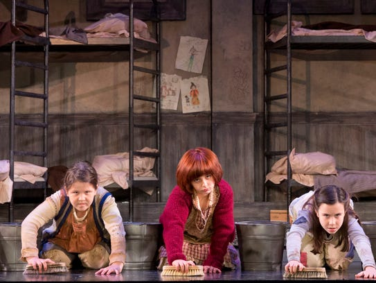 """""""Annie"""" takes the stage at the Fox Cities Performing"""