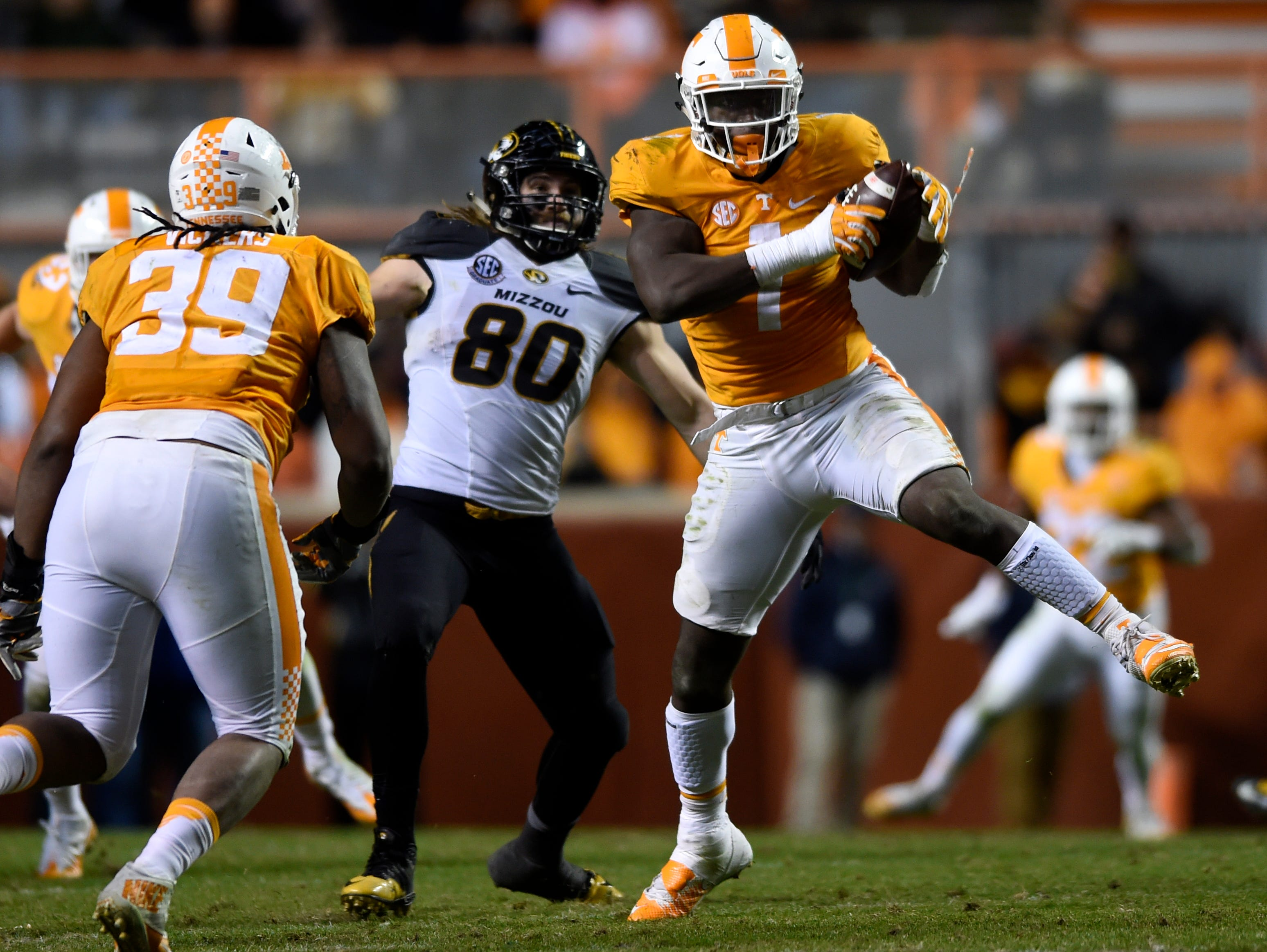 Tennessee defensive lineman Jonathan Kongbo (1) intercepts a pass and returns it for a touchdown against Missouri on Nov. 19, 2016.