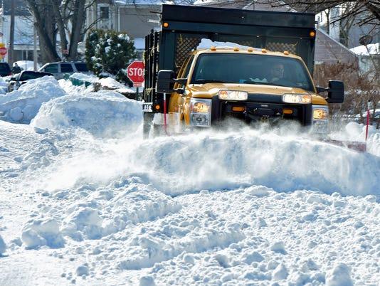 CPO-MWD-012516-snow-monday