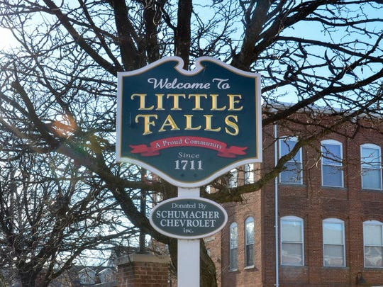 Welcome to Little Falls sign.
