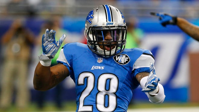 Lions cornerback Quandre Diggs reacts after a play against the Packers, Thursday, Dec. 3, 2015 in Detroit.