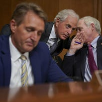 Analysis: GOP bets its economic fix will defy warnings