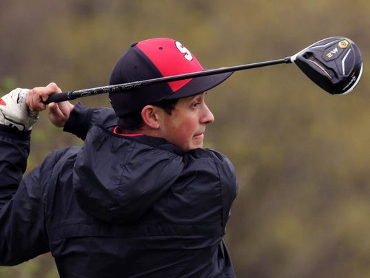 Shorewood Boys Golf