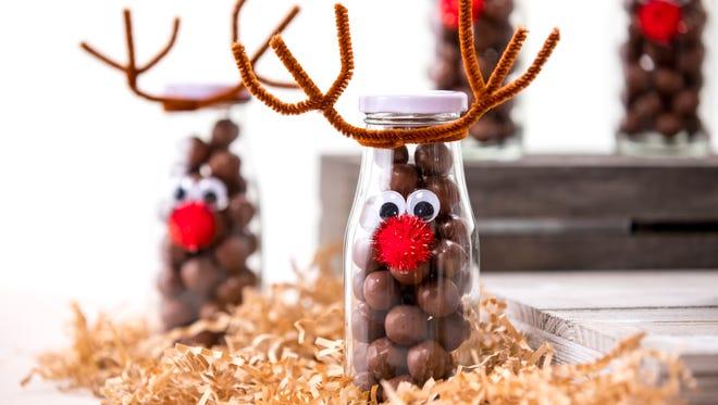 Reindeer jar DIY Christmas craft.