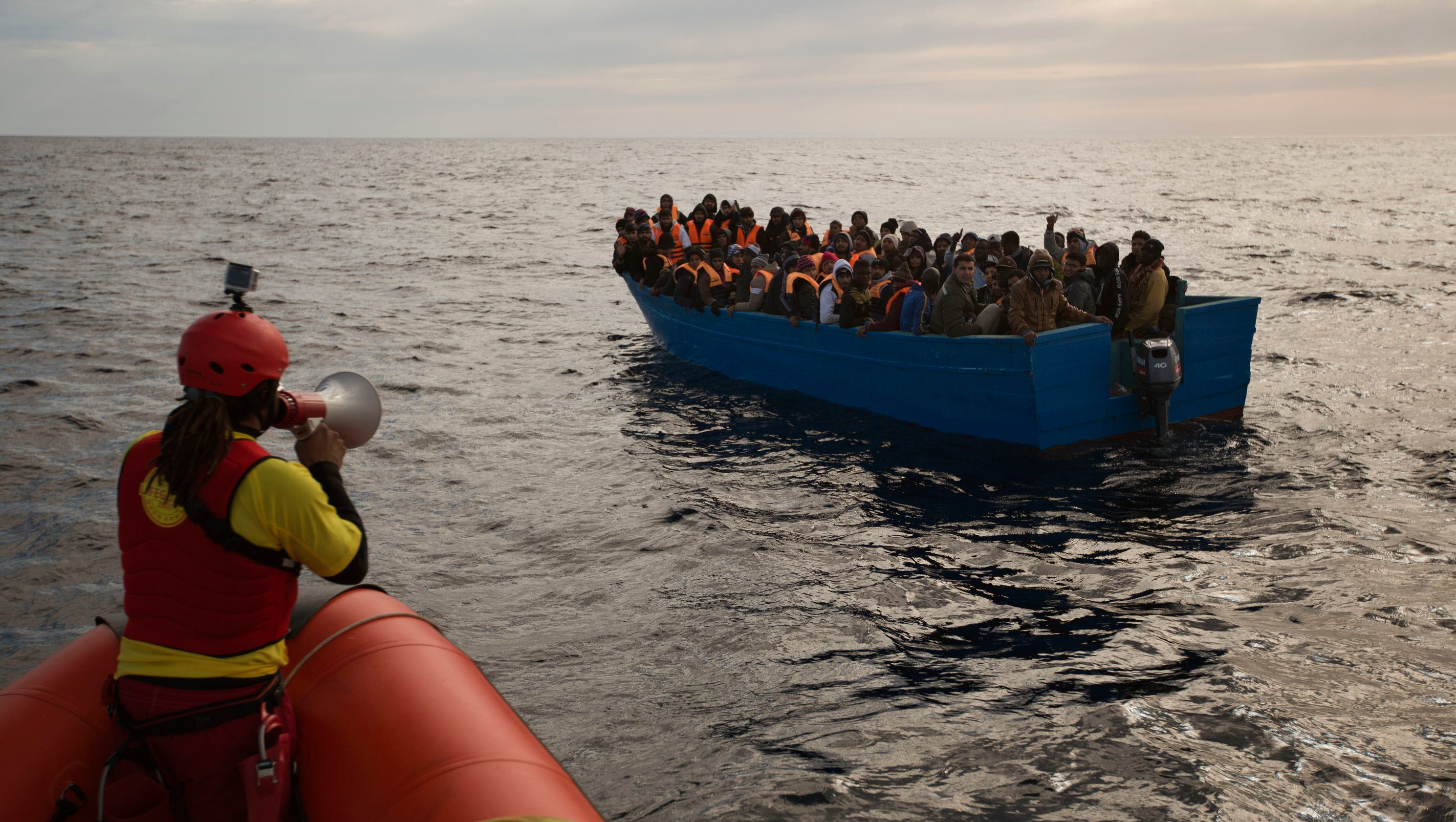 EU tries to allay rights' fears over plan to block migrants