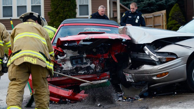 A two-car accident happened at the intersection of Spring and Huron Streets in the afternoon on Friday, Nov. 13. Four people were involved in the accident and one victim were transferred to a local hospital for evaluation.