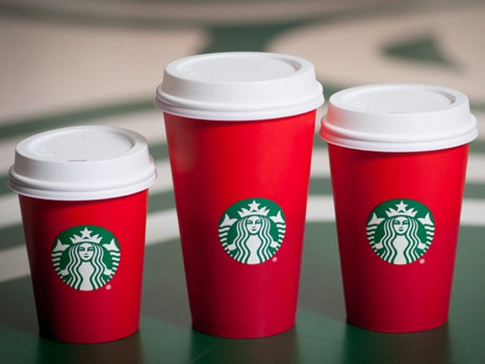 635826688850128556-redcups