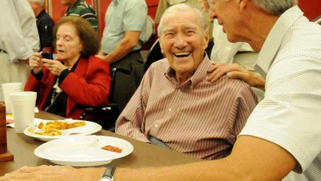Former Shreveport Fire Chief Dallas Greene died late Monday at the age of 92.