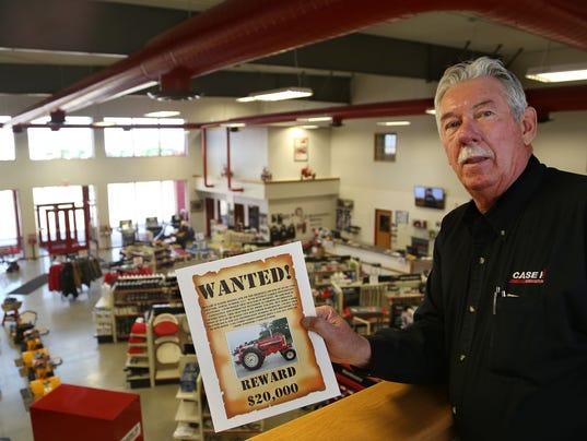 Randy Hinton tractor