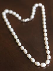 One of the favorite items of Jole Burghy is a pearl