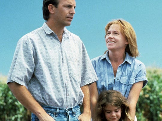 """Ray (Kevin Costner) and Annie (Amy Madigan) are the parents of Karin (Gaby Hoffmann) in the 1989 fantasy """"Field of Dreams."""""""