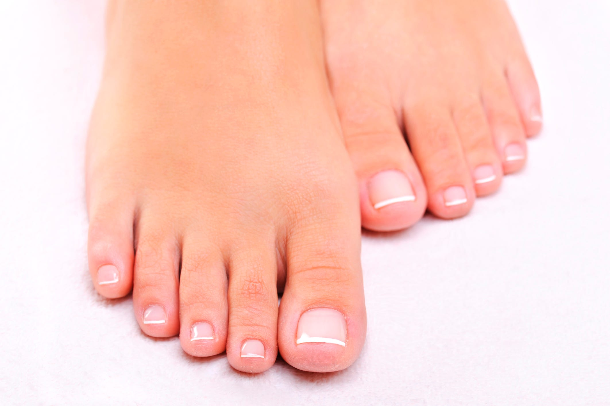 Man Discovers Itchy Athletes Foot Growth On Toes Stock Video ...