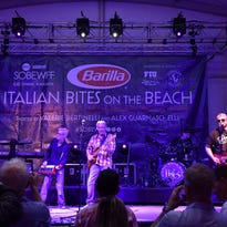 Little River Band plays Celebrity Showroom