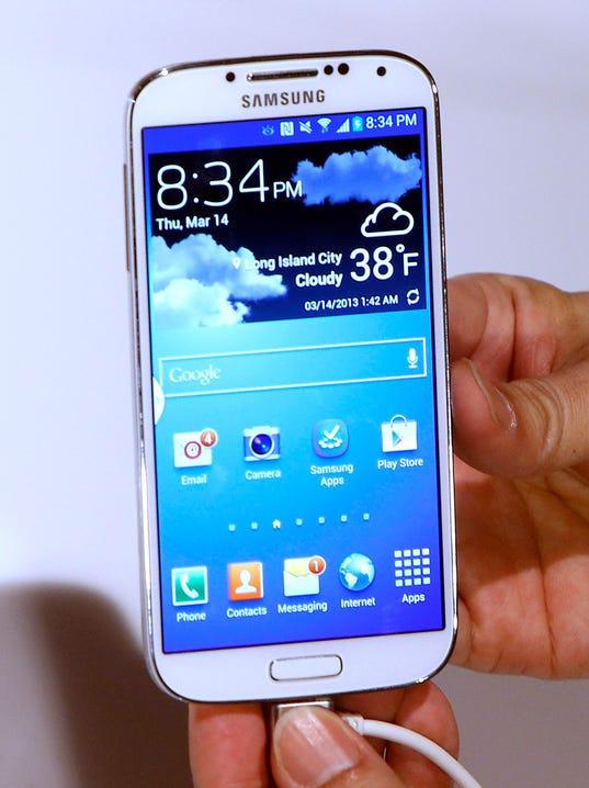 AP Digital Life Tech Test Samsung Galaxy S4 Phone