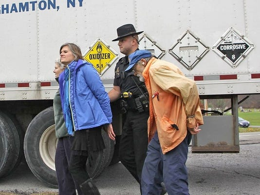 20141121_roland_micklem_arrest_1.jpg