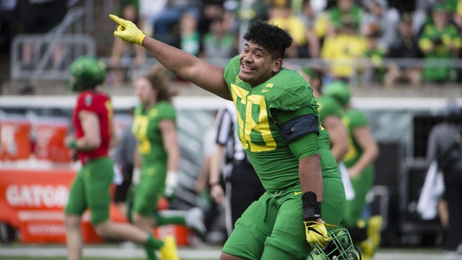 Is Oregon left tackle Penei Sewell the country's best lineman on either side of the ball? Why not? He was last season. The 2019 Outland Trophy winner will try to become only the second player in college football history to be named the country's top lineman two years in a row.