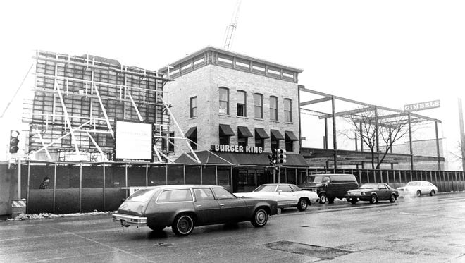 The Avenue Mall (now City Center Plaza) was under construction on College Avenue in downtown Appleton in 1986.